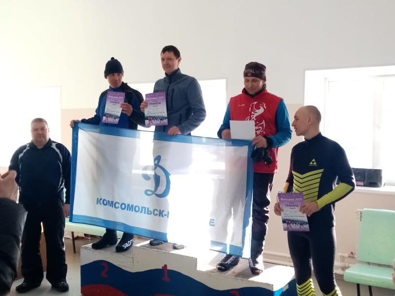 Комсомольские огнеборцы заняли первые ступени пьедестала по лыжным гонкам