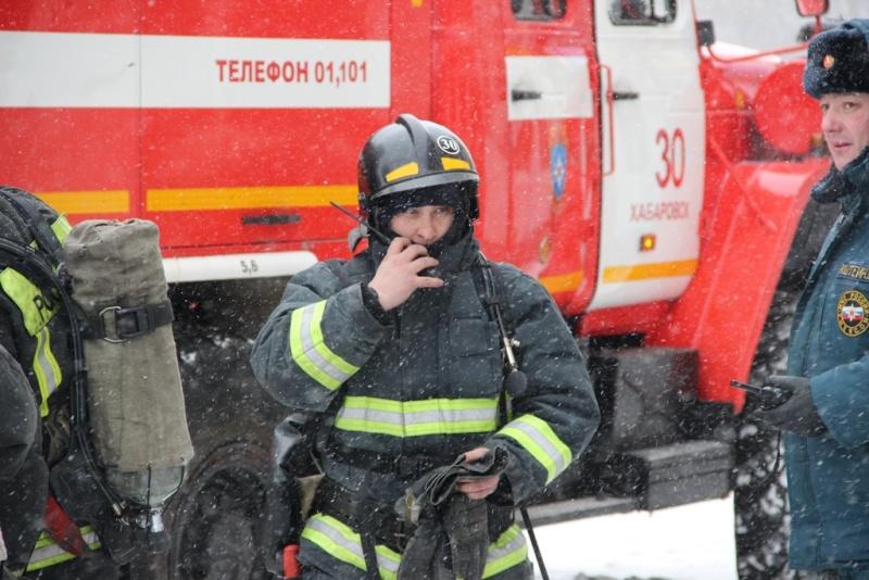 Пожарные Хабаровска провели учение на здании торгового центра ЭВР (ВИДЕО)